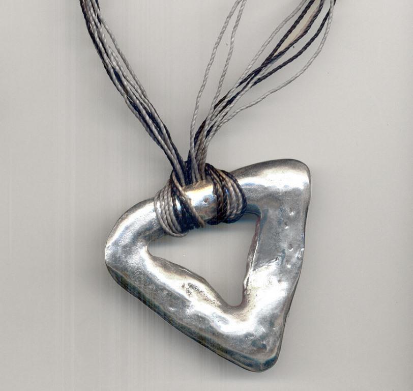 Medallhão Ancestral prata